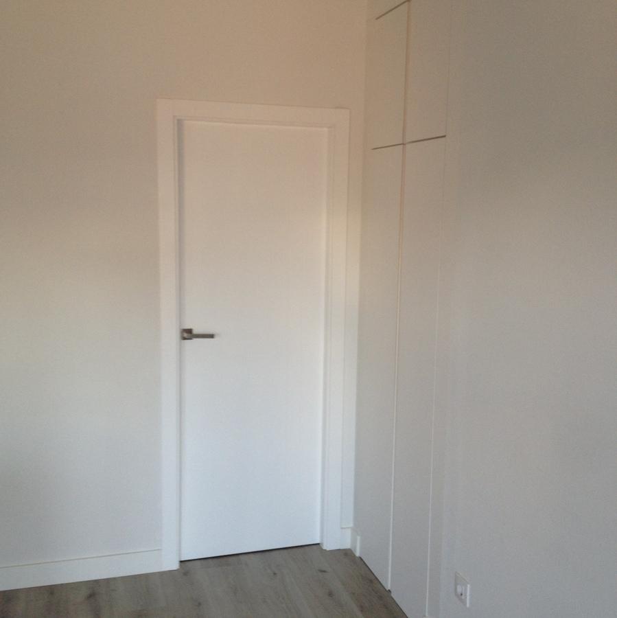 Armarios y puertas a medida ideas reformas viviendas for Puertas y armarios