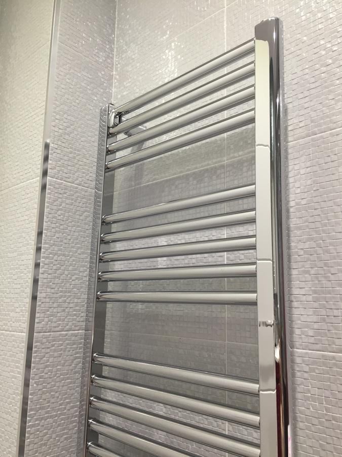 Foto radiador toallero de ingrinamar s l 1131575 - Purgar radiador toallero ...