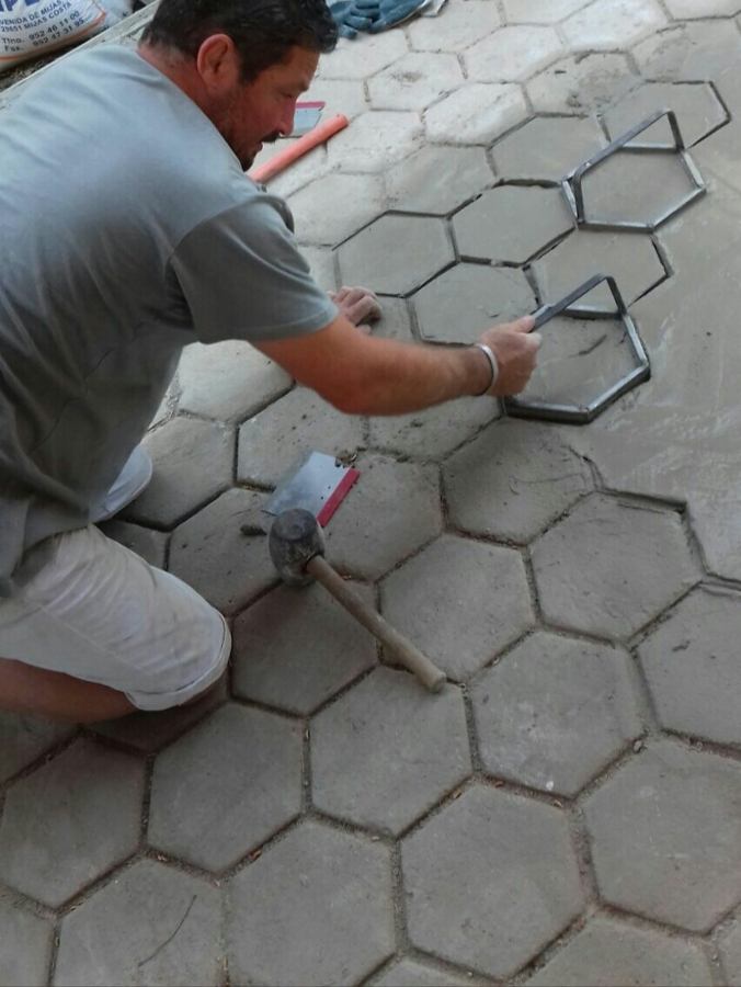 Realización de imitación suelo antiguo