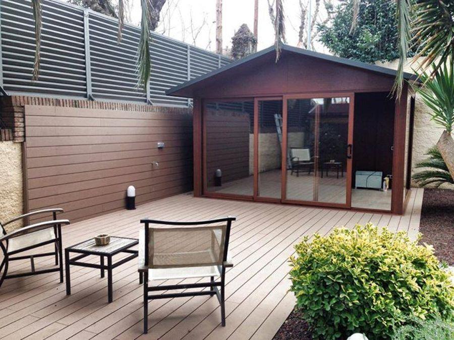 Realizacion de tarima technologica y caseta de jardin de for Casetas aluminio para terrazas
