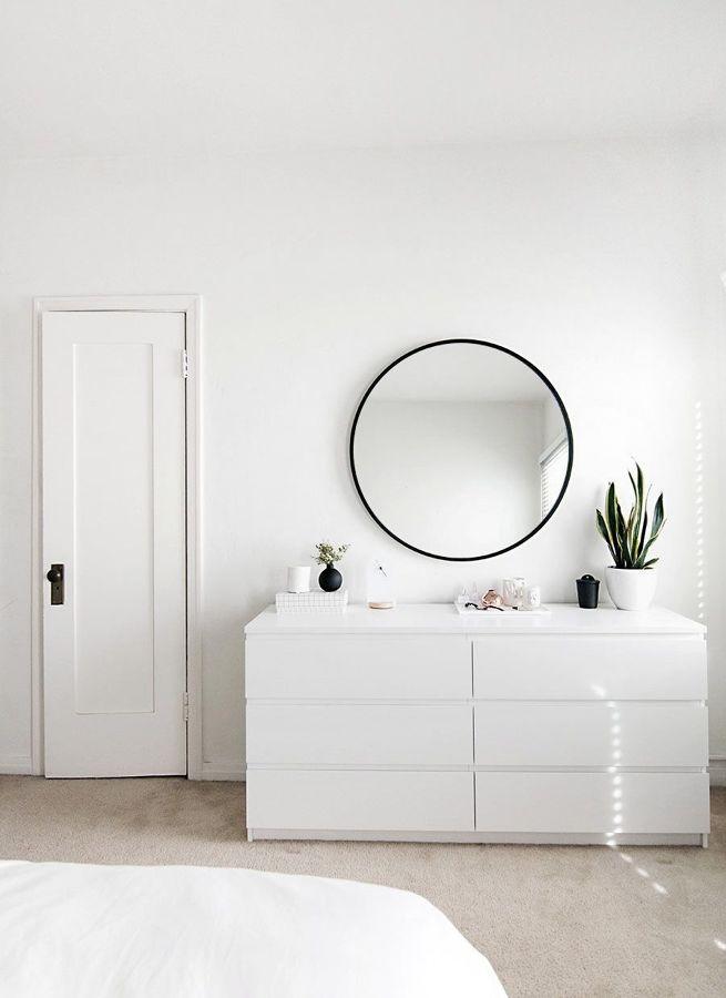 Recibidor con espejo redondo