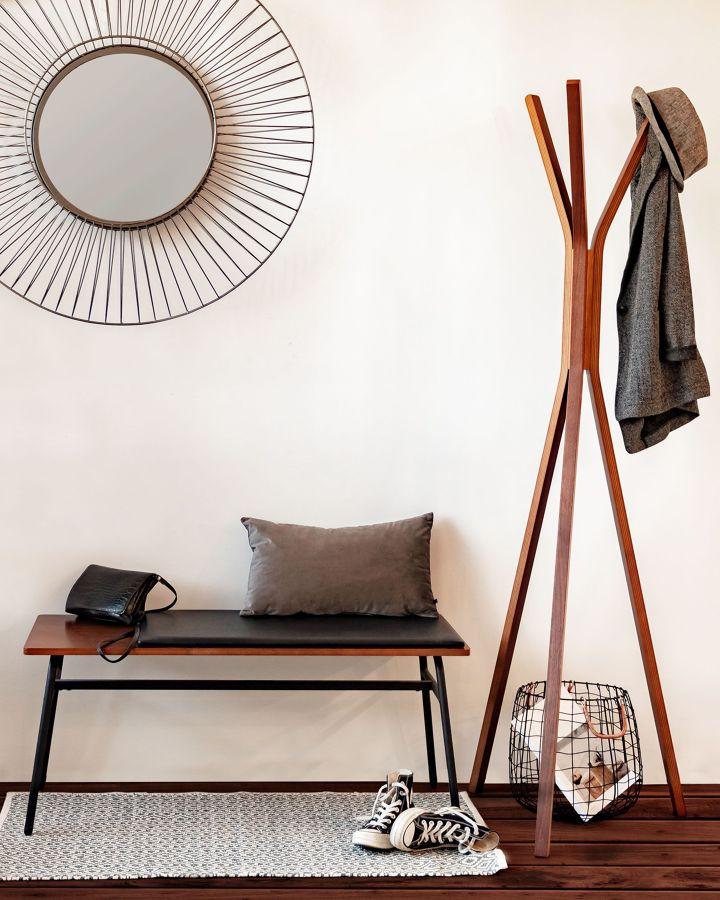 Recibidor de estilo minimalista