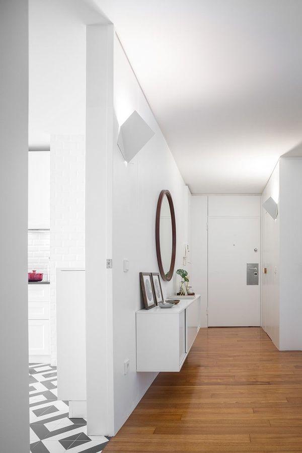Recibidor en color blanco minimalista