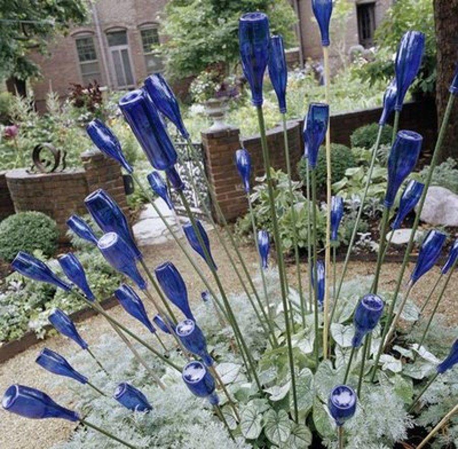3 ideas para reciclar las botellas en el jard n ideas for Reciclaje para jardin