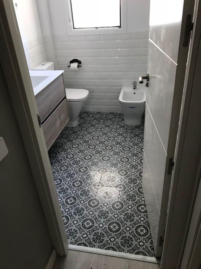 Reforma baño Conducha