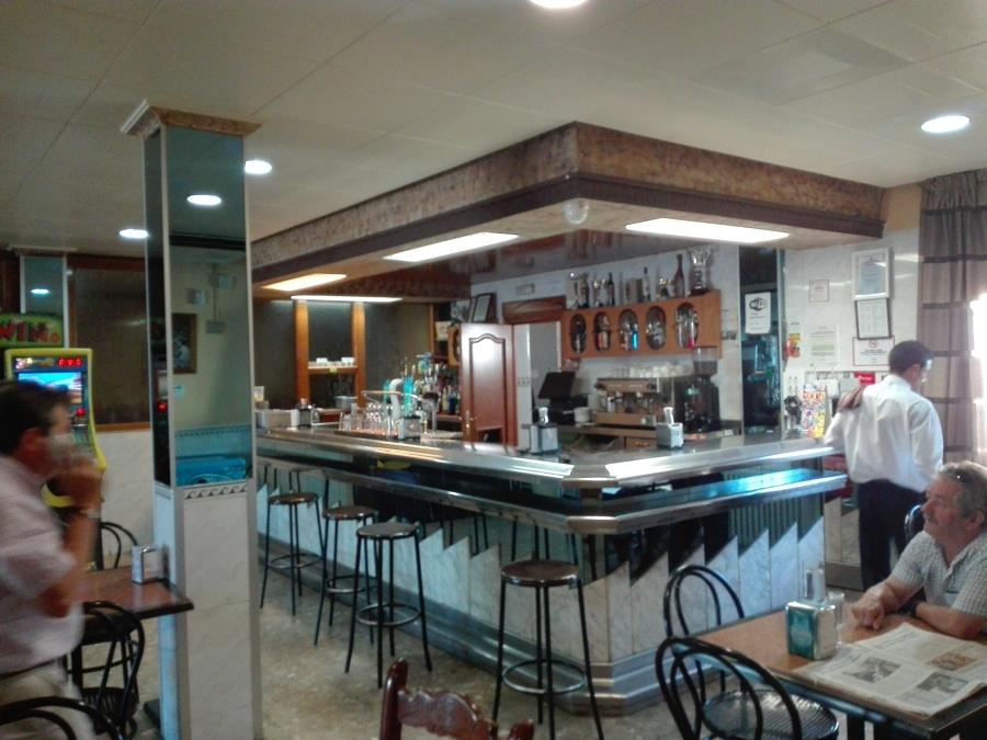 Reforma bar, cafetería Aguas Blanquillas