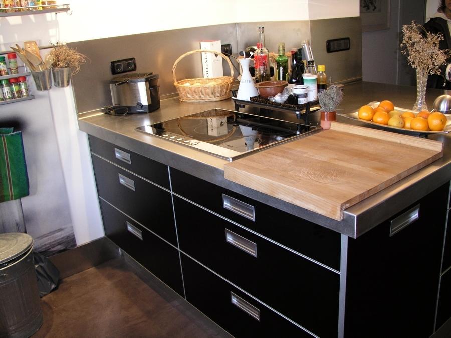 Muebles de cocina en barcelona free encimeras cocinas for Muebles cocina barcelona