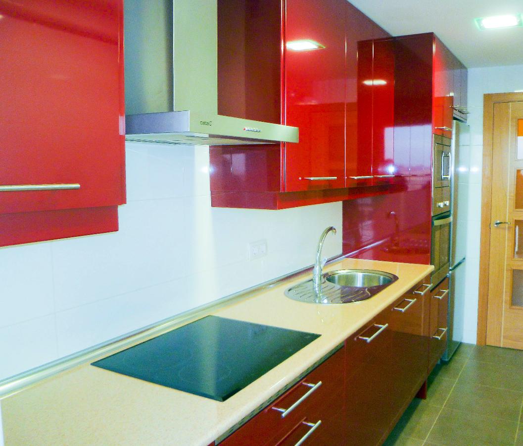 Foto reforma cocina roja legan s de dereformas proyectos - Muebles de cocina albacete ...