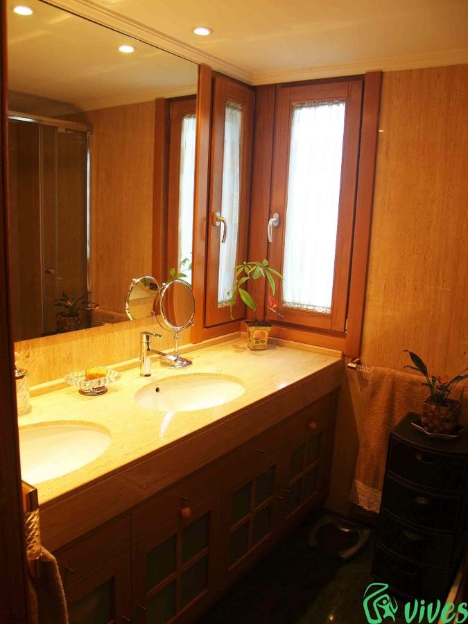 Reforma y decoraci n de ba o en piso situado en zaragoza - Reformas de pisos en zaragoza ...