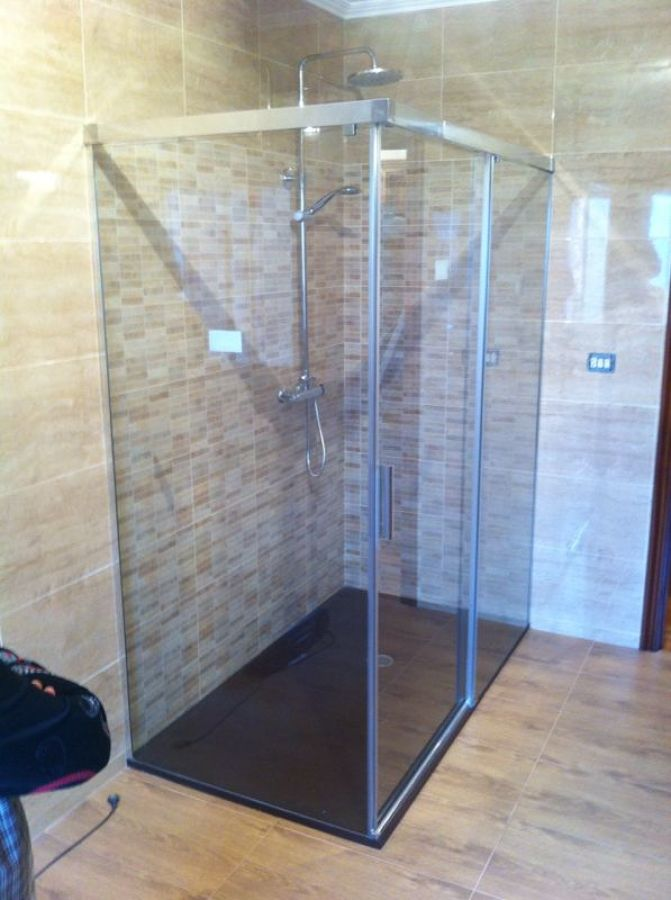 Baño Reformado Ducha: ±o Se Ha Reformado Con Plato De Ducha Pictures to pin on Pinterest