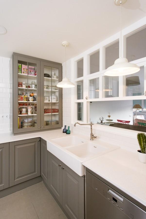 Reforma de una cocina semi abierta ideas reformas cocinas for Puertas semi macizas blancas