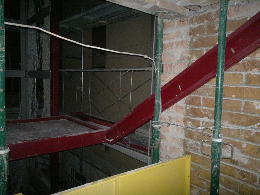 Foto reforma de escalera de ascensores asbages 984184 - Reformas de escaleras ...