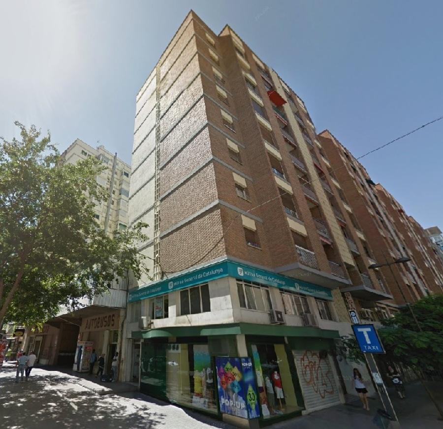 Reforma de Instalación Eléctrica de Servicios Comunes Edificio Plurifamiliar en Lleida - Fachada