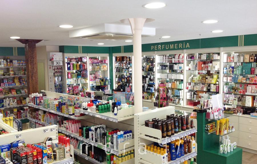Reforma de local comercial droguer a garc a en villarcayo - Reforma local comercial ...