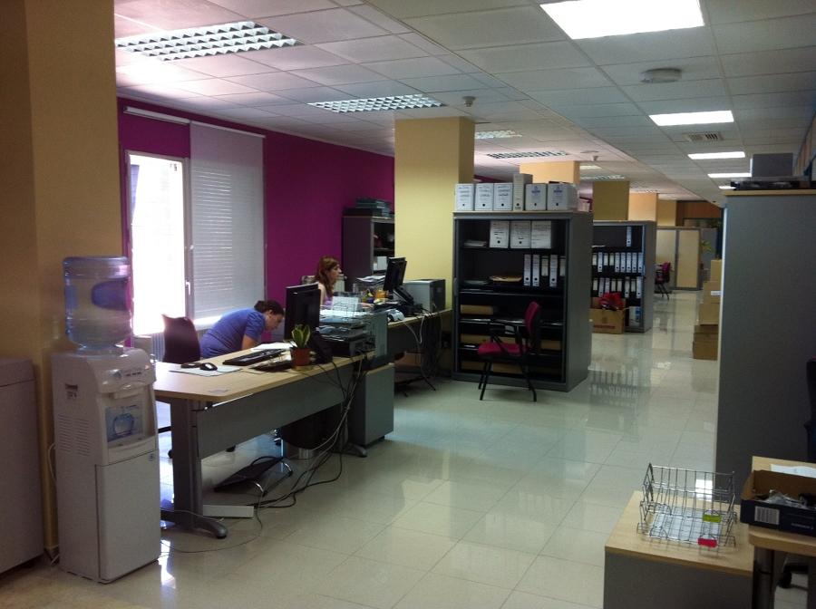 Reforma oficinas instituto aragones de la mujer for Reformas de oficinas