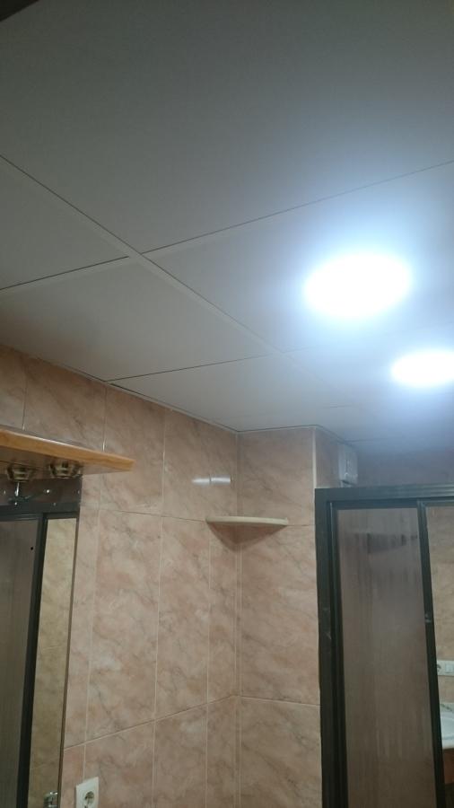 Reforma de techo de baño