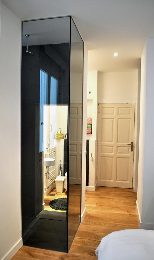 Dormitorio principal con ducha