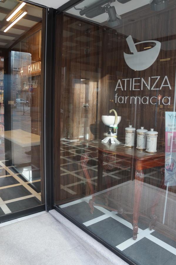 Reforma Farmacia Atienza - Segovia Qdec Proyectos