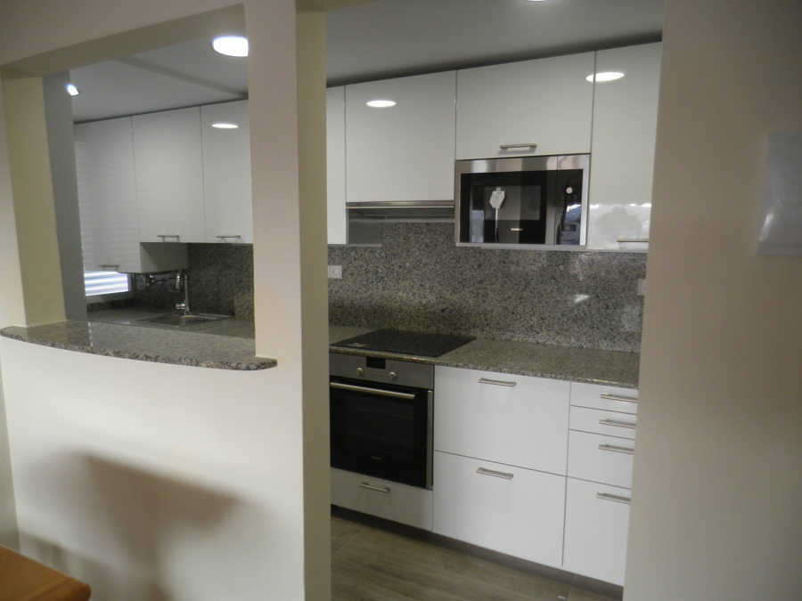 Reforma integral apartamento en altafulla tarragona for Casa minimalista tarragona