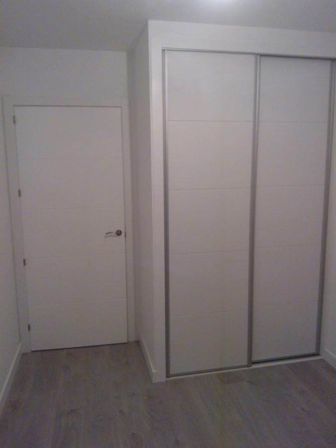 Reforma integral-armarios,suelo laminado, puertas, pintura