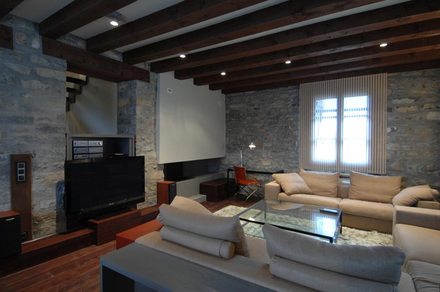 Foto reforma integral casa rural en ainsa de oliveras sanz 538845 habitissimo - Precio reforma integral casa ...