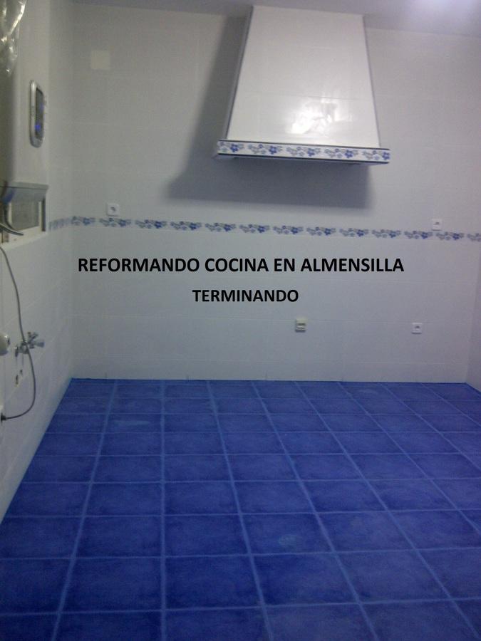 Foto reforma integral de cocina de solinsa multiservicios for Reforma integral cocina valencia