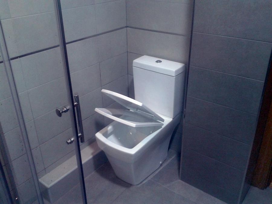 Reforma Baño Integral:Foto: Reforma Integral de un Baño de 5 M2 de RS Instalaciones y
