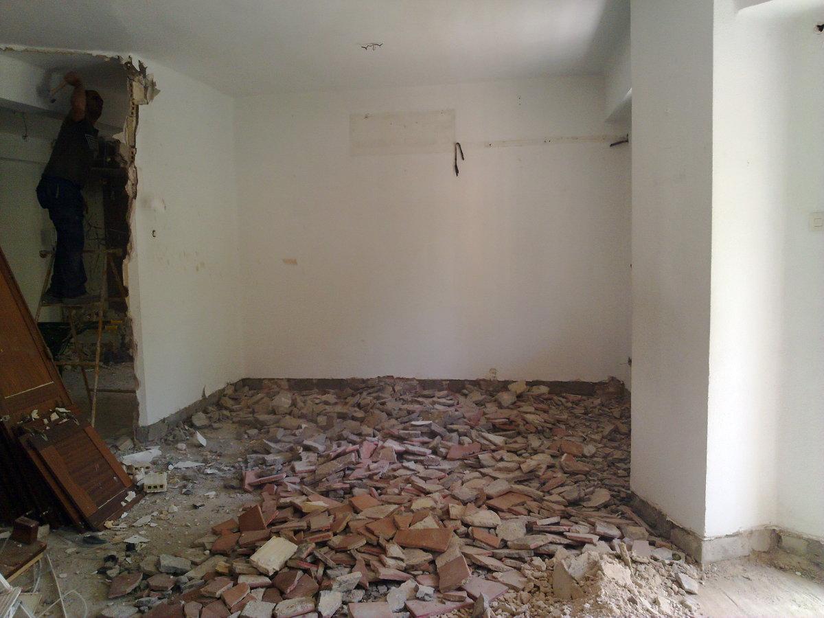 Reforma Integral de vivienda en calle Manuel Siurot 3 Bloque 2 Pisos 2-5
