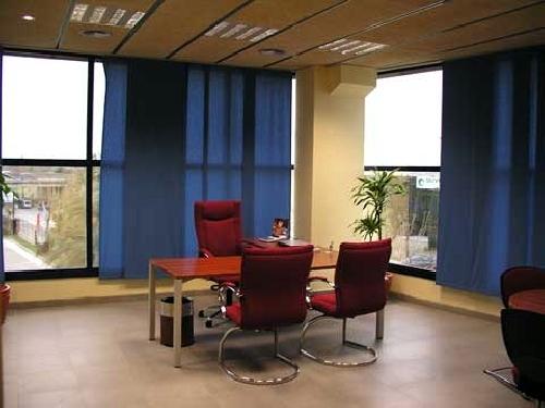 Reforma oficina en barcelona aprovechamiento de la luz for Reformas oficinas barcelona