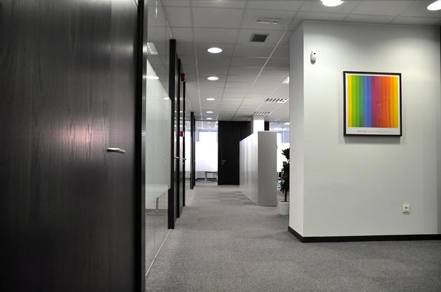 Foto reforma oficina despacho abogados madrid de antana for Decoracion despacho abogados moderno