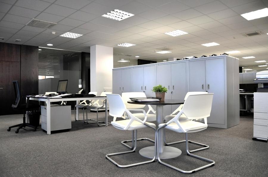 Reforma oficina despacho de abogados madrid ideas reformas oficinas - Decorar despacho profesional ...