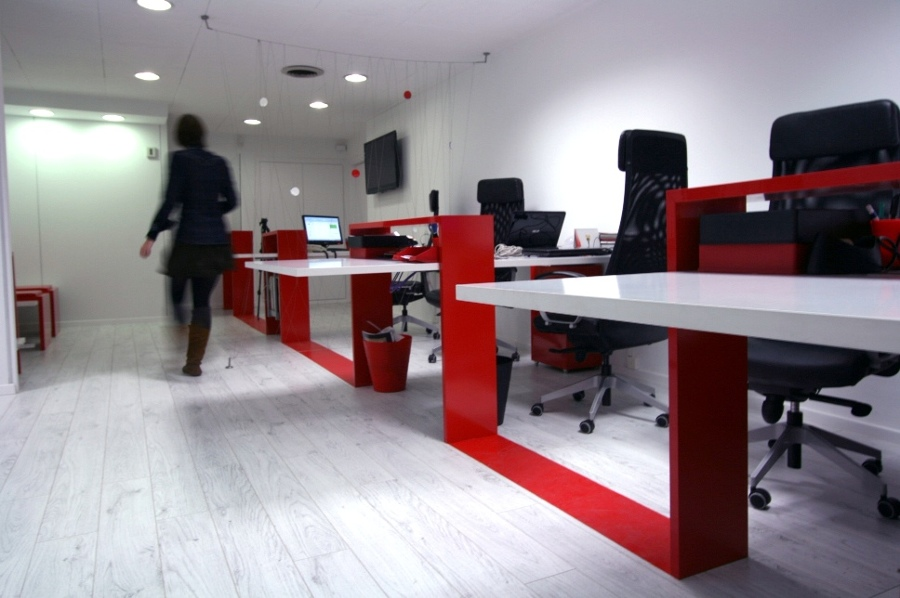 Foto reforma oficinas assai en barcelona de 314bcn for Planos de oficinas modernas