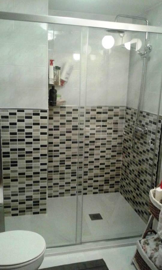 Azulejos Para Baños Quito:En este caso, solo se cambió el azulejo hasta media altura, adaptando