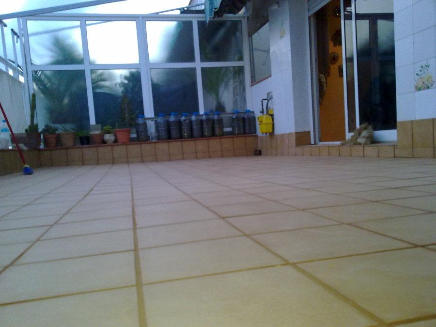 Reforma terraza comunitaria por filtraciones.