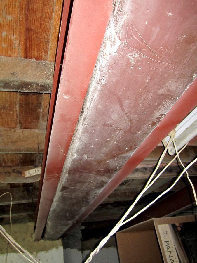 Foto refuerzo vigas de madera de arquitecto t cnico e - Vigas de madera en valencia ...