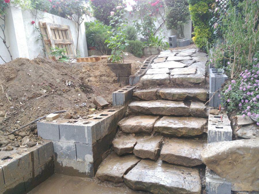 Rehabilitación de acceso y terraza de jardín 5