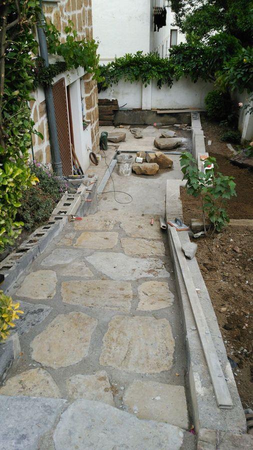 Rehabilitación de acceso y terraza de jardín 6