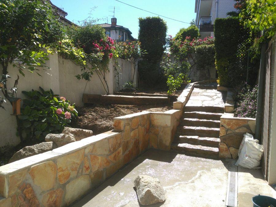 Rehabilitación de acceso y terraza de jardín 7