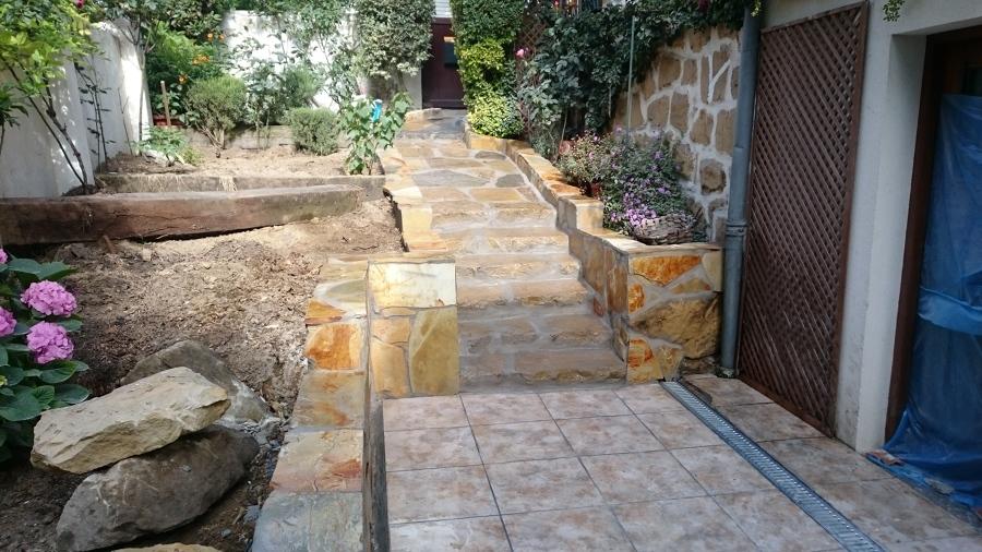 Rehabilitación de acceso y terraza de jardín 9
