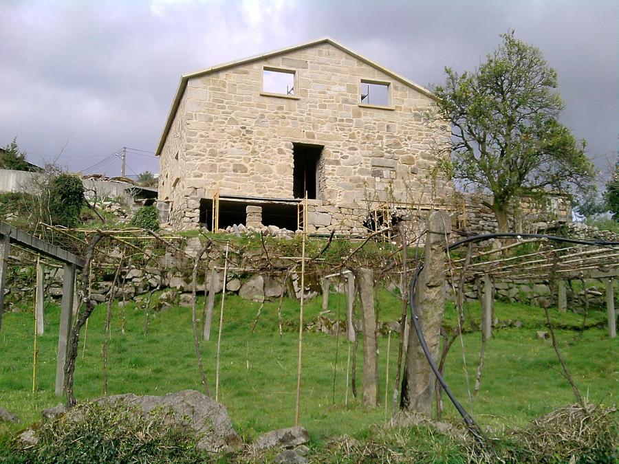 Rehabilitación de casa de piedra.