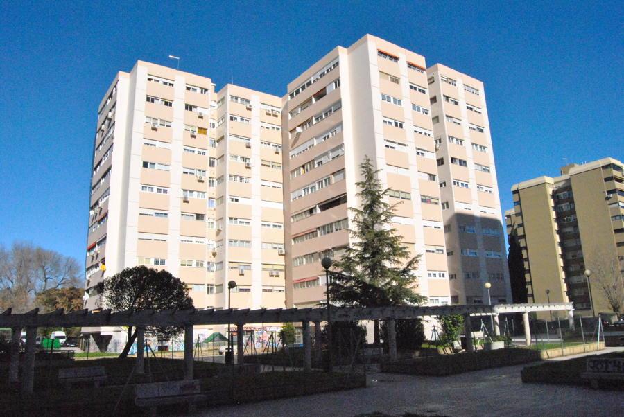 Rehabilitación de fachada Com.Prop. C/ Colombia, 2, 4 y 6