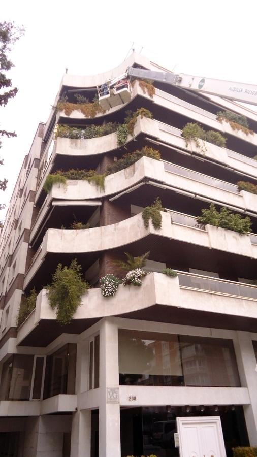 Rehabilitación de fachada e impermeabilización jardineras