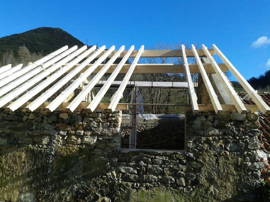Rehabilitaci n de tejado sobre casa de piedra ideas rehabilitaci n edificios - Subvenciones rehabilitacion casas antiguas ...