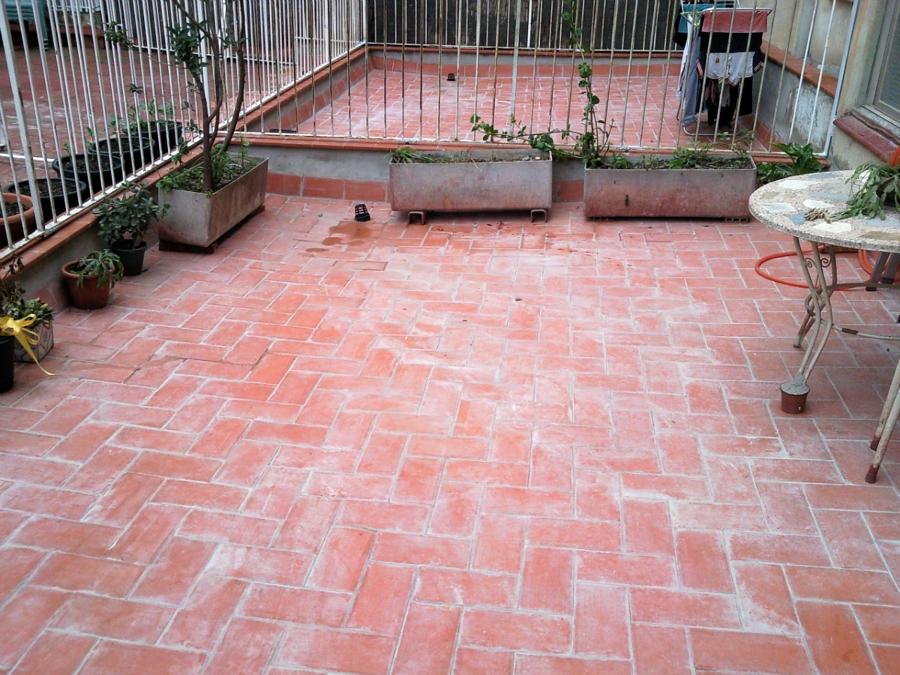 Rehabilitaci n integral con cambio de pendientes en for Pisos de terrazas