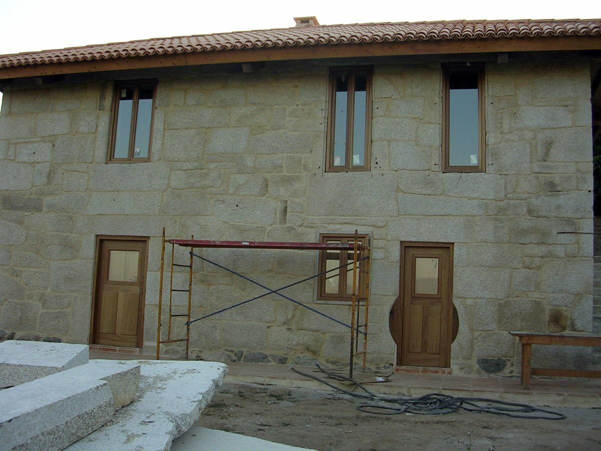 Rehabilitación de vivienda unifamiliar en Porriño - Pontevedra - Foto 2