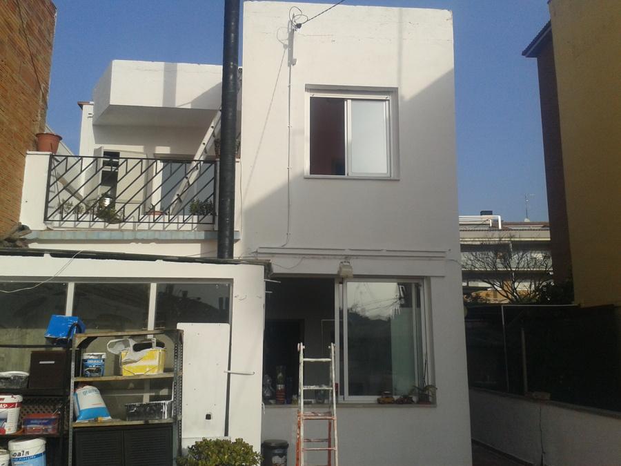 Rehabilitación y pintura de fachada