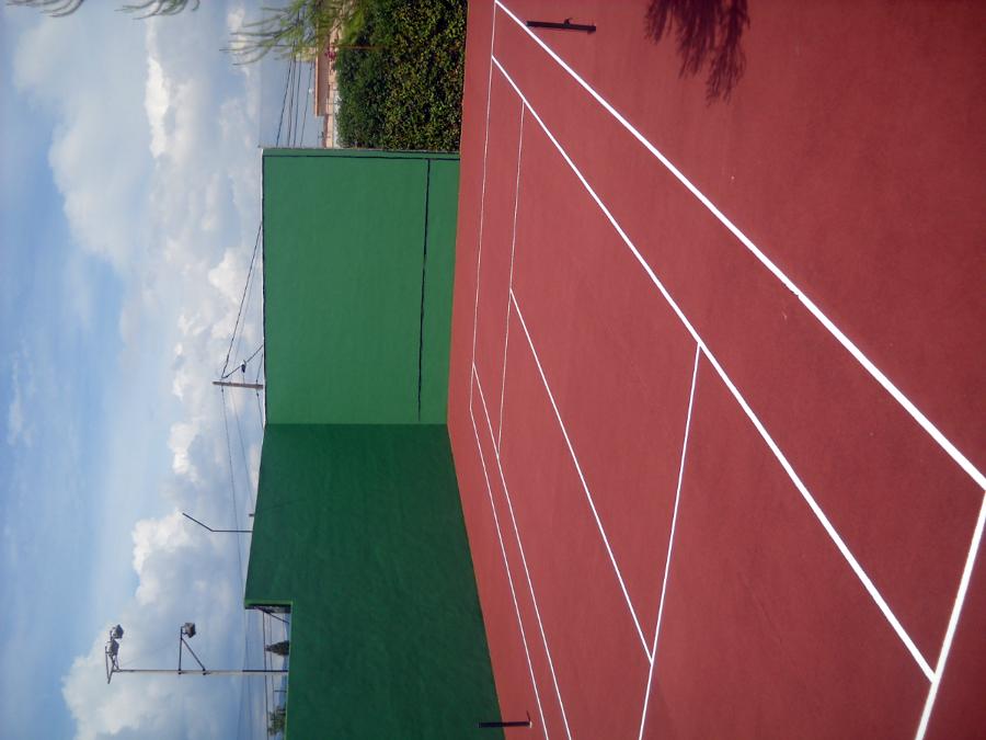 rehabilitacion y pintura pista de tenis
