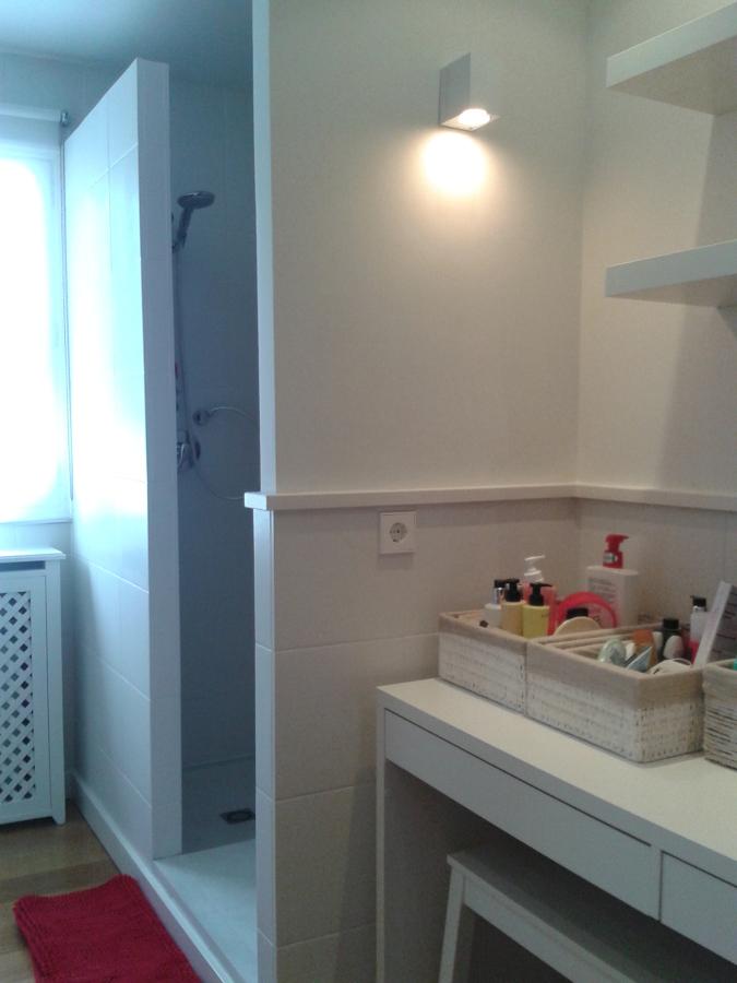 Foto renovaci n de cuarto de ba o revestimientos de - Renovacion de banos ...