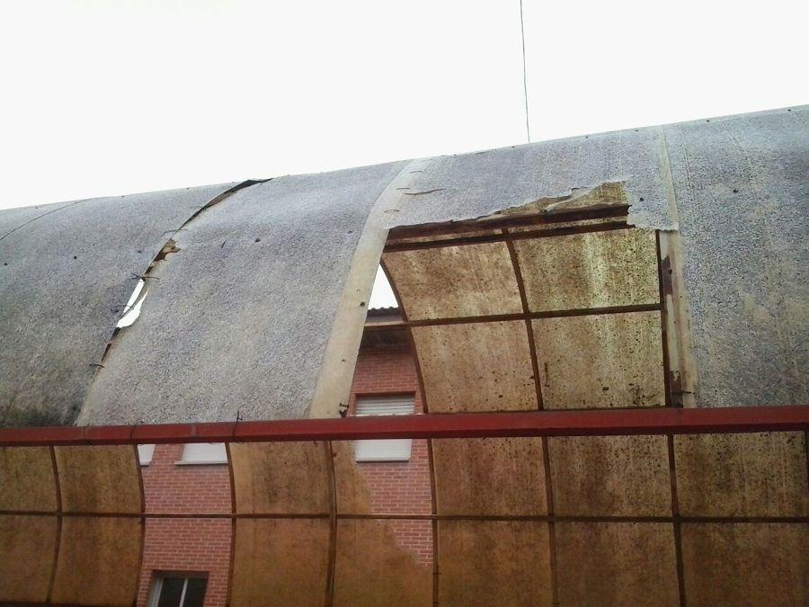 Obras de renovaci n de cubiertas de placas de poli ster y - Placas de poliester ...