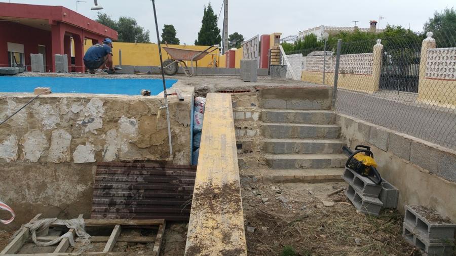 Renovando piscina y haciendo monocapa,murros